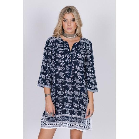 RAGA Dresses & Skirts - RAGA Moonriver 3/4 Sleeve Shirt Dress - sz. L NEW